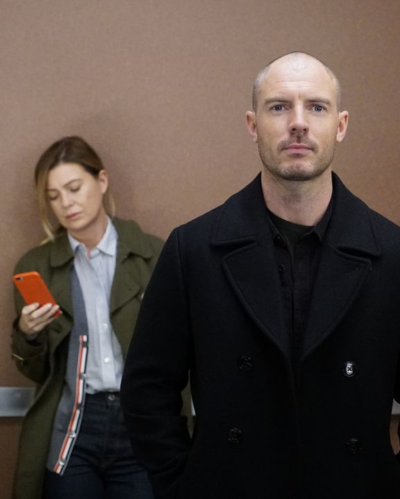 Dr. Meredith Grey (Ellen Pompeo, l.); Dr. Cormac Hayes (Richard Flood, r.) - Bildquelle: Kelsey McNeal 2019 American Broadcasting Companies, Inc. All rights reserved. / Kelsey McNeal