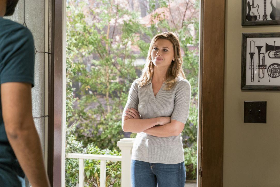 Peyton (Aly Michalka) - Bildquelle: Warner Bros.