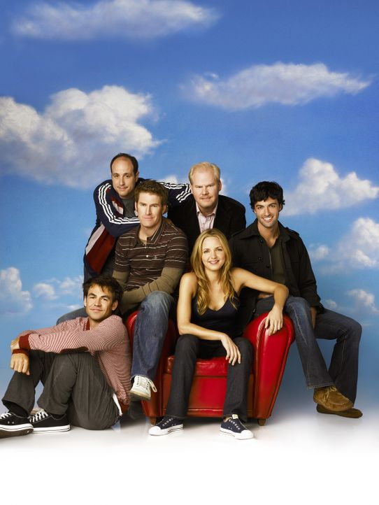 "(1. Staffel) - Stephanie (Kellee Stewart, vorne 2.v.r.) und ""ihre Jungs"": Kenny (Michael Bunin, hinten l.), Mike (Jamie Kaler, hinten 2.v.l.), Andy... - Bildquelle: 2006 Sony Pictures Television Inc. All Rights Reserved"