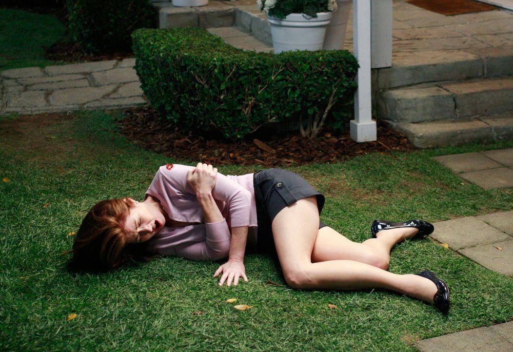 Während Gabrielle damit kämpfen muss, dass sie für ein schlechte Mutter gehalten wird, wird Katherine (Dana Delany) angeschossen ... - Bildquelle: ABC Studios