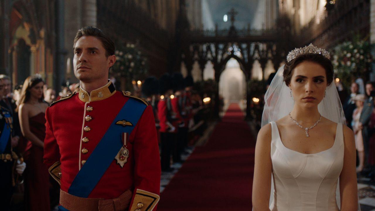 Die royale Hochzeit von Robert (Max Brown, l.) und Willow (Genevieve Gaunt, r.) steht bevor. Doch wird die Trauung wirklich vollzogen? - Bildquelle: 2018 Lions Gate Entertainment Inc. All Rights Reserved.