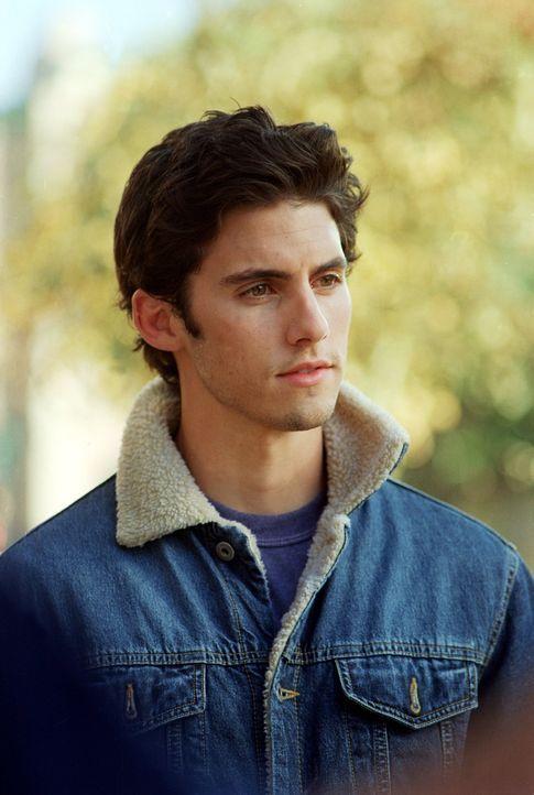 Jess (Milo Ventimiglia) macht es den Bewohnern von Stars Hollow und vor allem Luke nicht immer einfach, doch als Rory ihm den Kopf wäscht, steigt se... - Bildquelle: 2001 Warner Bros. Entertainment, Inc.