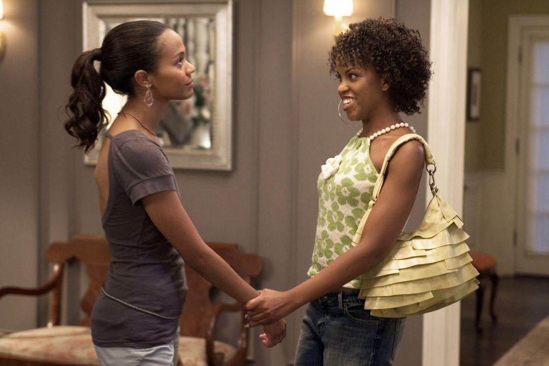Theresa (Zoe Saldana, l.) ist in Sorge: Ihr Vater Percy hat mit einem afroamerikanischen Schwiegersohn gerechnet, doch ihr Verlobter ist weiß! Viel... - Bildquelle: 2007 CPT Holdings, Inc. All Rights Reserved. (Sony Pictures Television International)