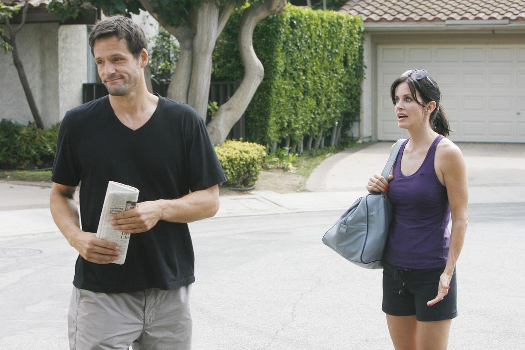 Als Grayson (Josh Hopkins, l.) Jules (Courteney Cox, r.) mitteilt, dass er sie nicht für attraktiv hält, ist sie entsetzt ... - Bildquelle: 2009 ABC INC.