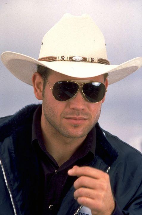 Der schwule Autonarr und Freizeit-Cowboy Jimbo (Matthew Davis) ist viel zu nett und hilfsbereit ... - Bildquelle: TriStar Pictures