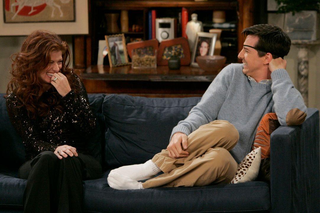 In Herzensangelegenheiten kann Grace (Debra Messing, l.) auf Jack (Sean Hayes, r.) zählen ... - Bildquelle: NBC Productions