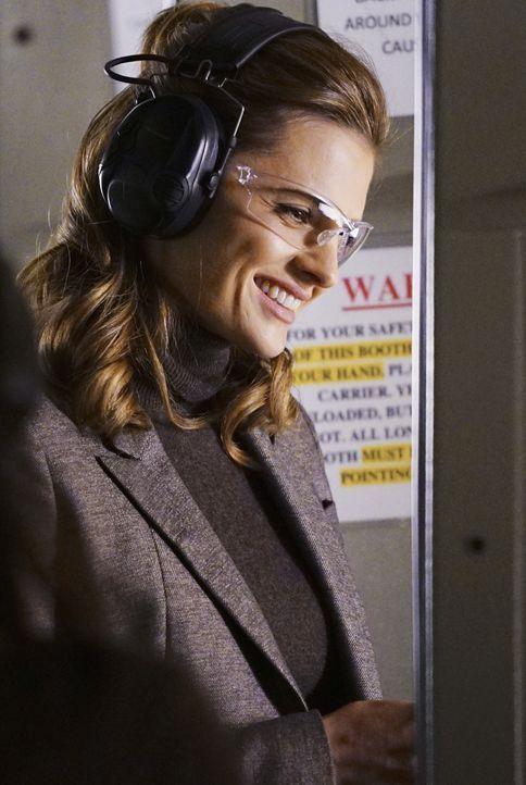 Noch freut sich Kate (Stana Katic), dass sie mit einer richtigen Superpolizistin zusammenarbeitet ... - Bildquelle: Richard Cartwright ABC Studios