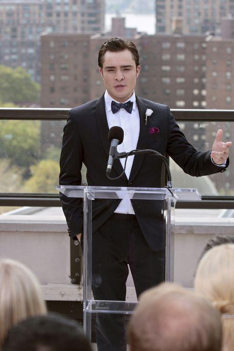 Ist dank Eva zu einem besseren Menschen geworden - was ihm nicht jeder gönnt: Chuck (Ed Westwick) ... - Bildquelle: Warner Bros. Television