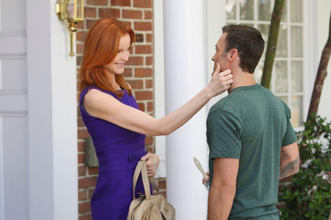 Bree (Marcia Cross, l.) glaubt Keith (Brian Austin Green, r.) an Renee verloren zu haben, doch dann wendet sich das Blatt zu ihren Gunsten ... - Bildquelle: ABC Studios