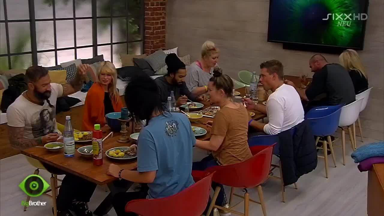 Trotz Streit wird gemeinsam gegessen