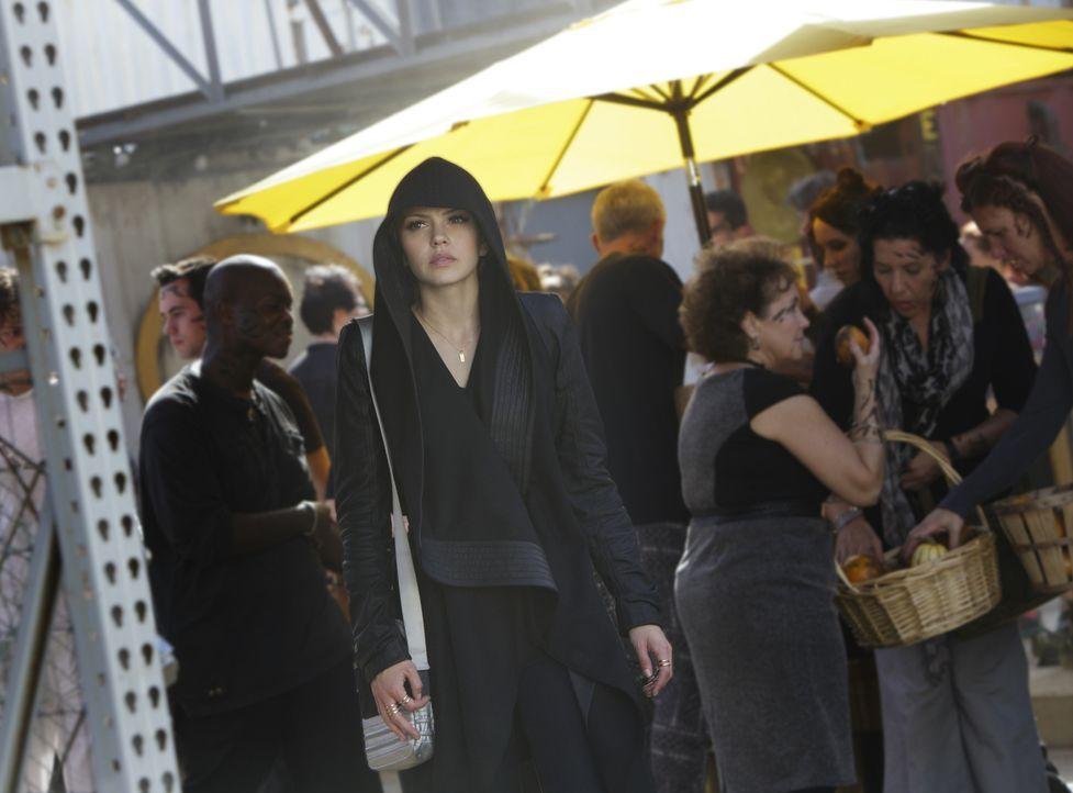 Nicht nur Emery (Aimée Teegarden, M.) trifft eine folgenschwere Entscheidung, auch Teri wagt einen Schritt, der sie in Gefahr bringt ... - Bildquelle: 2014 The CW Network, LLC. All rights reserved.