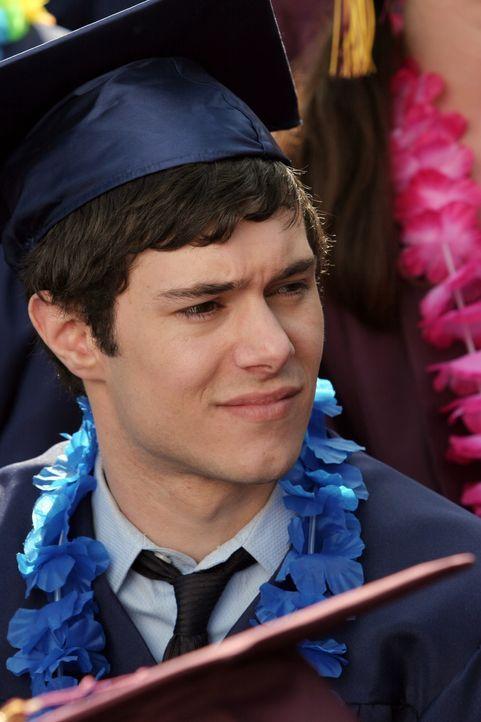 Seth (Adam Brody) hat einen Grund zur Freude, denn er hat eine Zusage der RISD bekommen ... - Bildquelle: Warner Bros. Television