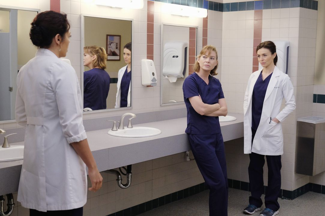Während Webber Schwierigkeiten hat, seine Beziehung mit Maggie voranzubringen, müssen sich Meredith (Ellen Pompeo, M.), Amelia (Caterina Scorsone, r... - Bildquelle: Tony Rivetti ABC Studios