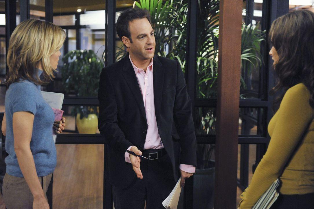 Stehen vor einer schwierigen Situation: Charlotte (KaDee Strickland, l.), Violet  (Amy Brenneman, r.) und Cooper (Paul Adelstein, M.) ... - Bildquelle: ABC Studios