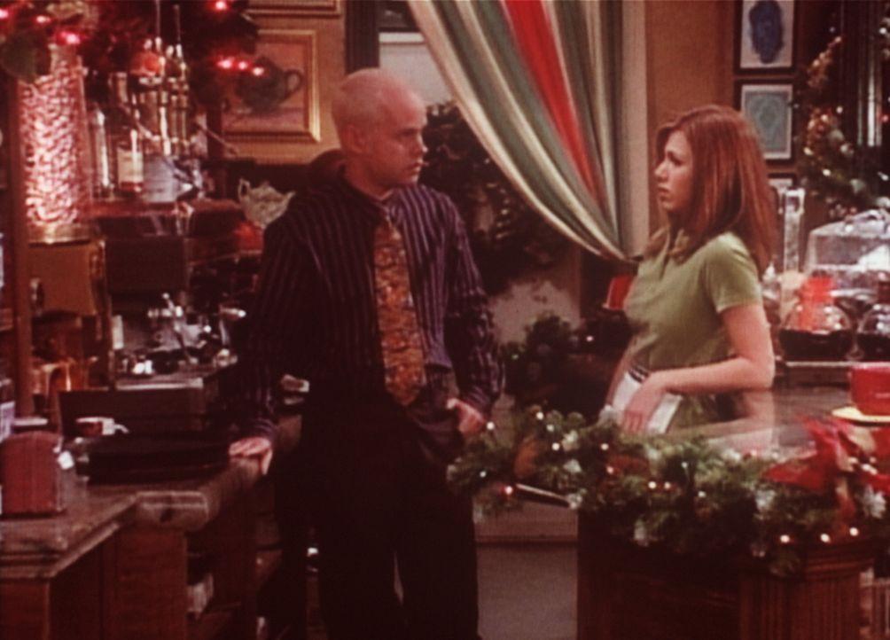 Rachel (Jennifer Aniston, r.) hat keine Lust mehr, im Café zu arbeiten: Rachel kündigt. - Bildquelle: TM+  2000 WARNER BROS.