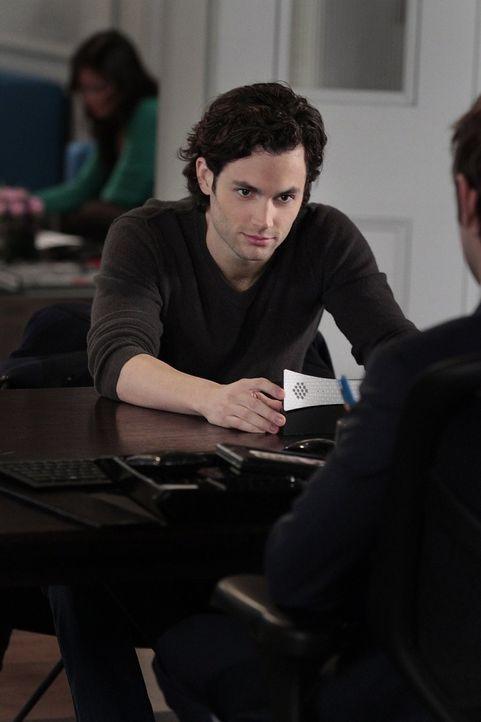 Verrät Blair unabsichtlich ein Geheimnis über Chuck: Dan (Penn Badgley) ... - Bildquelle: Warner Bros. Television