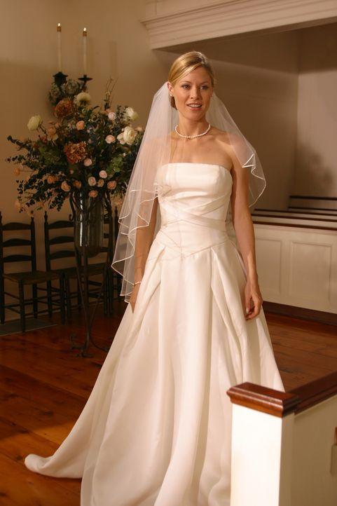 Für Ed gibt es nur eine Möglichkeit - er will die Hochzeit von Carol (Julie Bowen) und Dennis verhindern .... - Bildquelle: Paramount