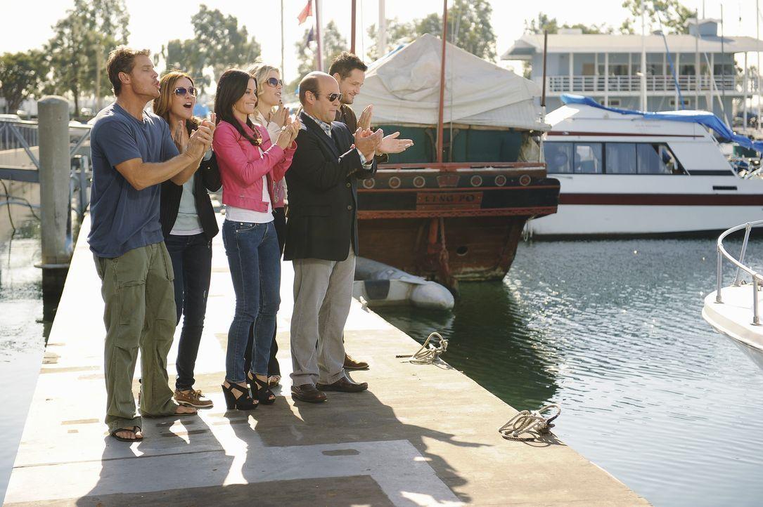 Gute Freunde: (v.l.n.r.) Bobby (Brian Van Holt), Ellie (Christa Miller), Jules (Courteney Cox), Laurie (Busy Philipps), Andy (Ian Gomez) und Grayson... - Bildquelle: 2010 ABC INC.