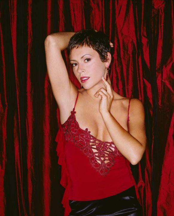 (6. Staffel) - Kämpft mit allen Mitteln gegen das Böse: Phoebe (Alyssa Milano) ... - Bildquelle: Paramount Pictures