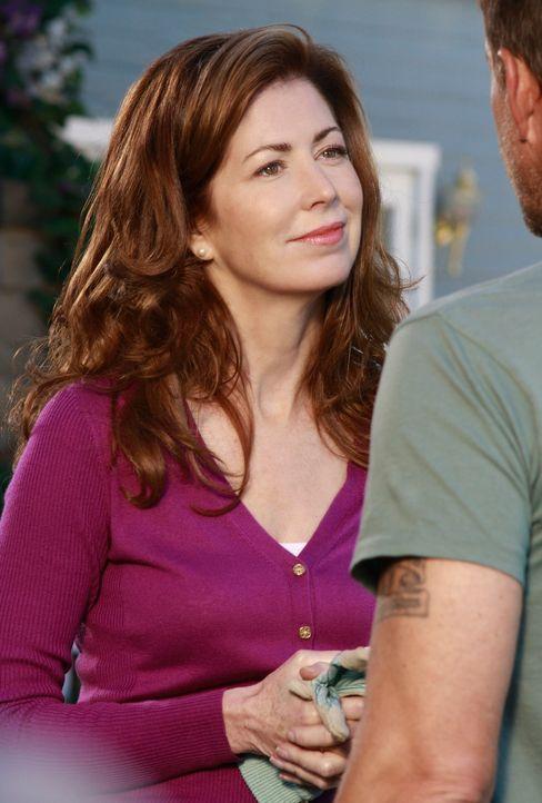 Um sich an Susan und Mike (James Denton, r.) zu rächen, schreckt Katherine (Dana Delany, l.) vor nichts zurück ... - Bildquelle: ABC Studios