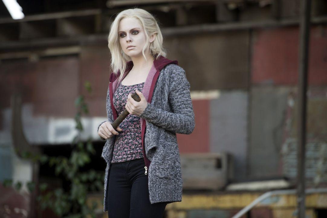 Nachdem Liv (Rose McIver) das Gehirn eines Soziopathen gegessen hat, zieht sie mit ihrer Gleichgültigkeit nicht nur die Wut ihrer besten Freundin au... - Bildquelle: Warner Brothers