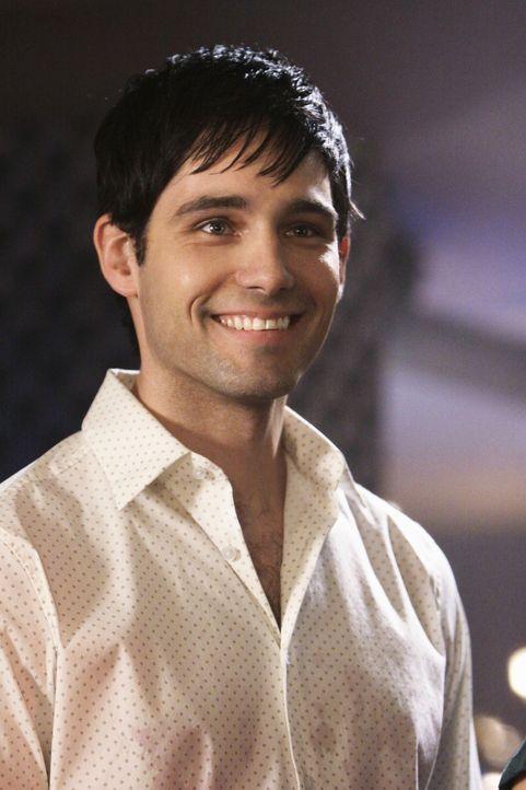 Mit Matt (David Clayton Rogers) verbringt Jules seit langem wieder lustvolle Stunden ... - Bildquelle: 2009 ABC INC.