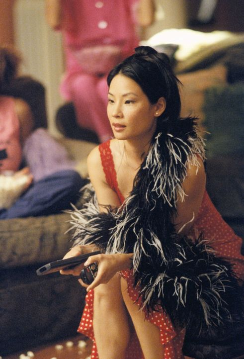 Als Ling (Lucy Liu) eine attraktive Frau in einem Fall vertreten soll, ahnt sie nicht, welches Geheimnis diese verbirgt ... - Bildquelle: 2000 Twentieth Century Fox Film Corporation. All rights reserved.