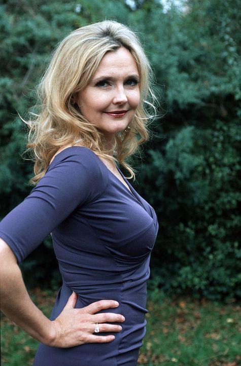 "Katharina Schubert spielt Marie alias ""Isabelle"". - Bildquelle: Sat.1"