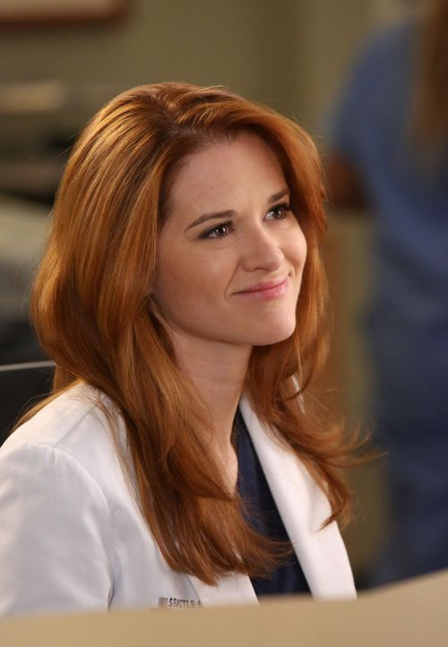 Während es Jackson offensichtlich prächtig geht mit der Entscheidung, dass er und April (Sarah Drew) nicht mehr als nur Freunde sind, muss April deu... - Bildquelle: ABC Studios