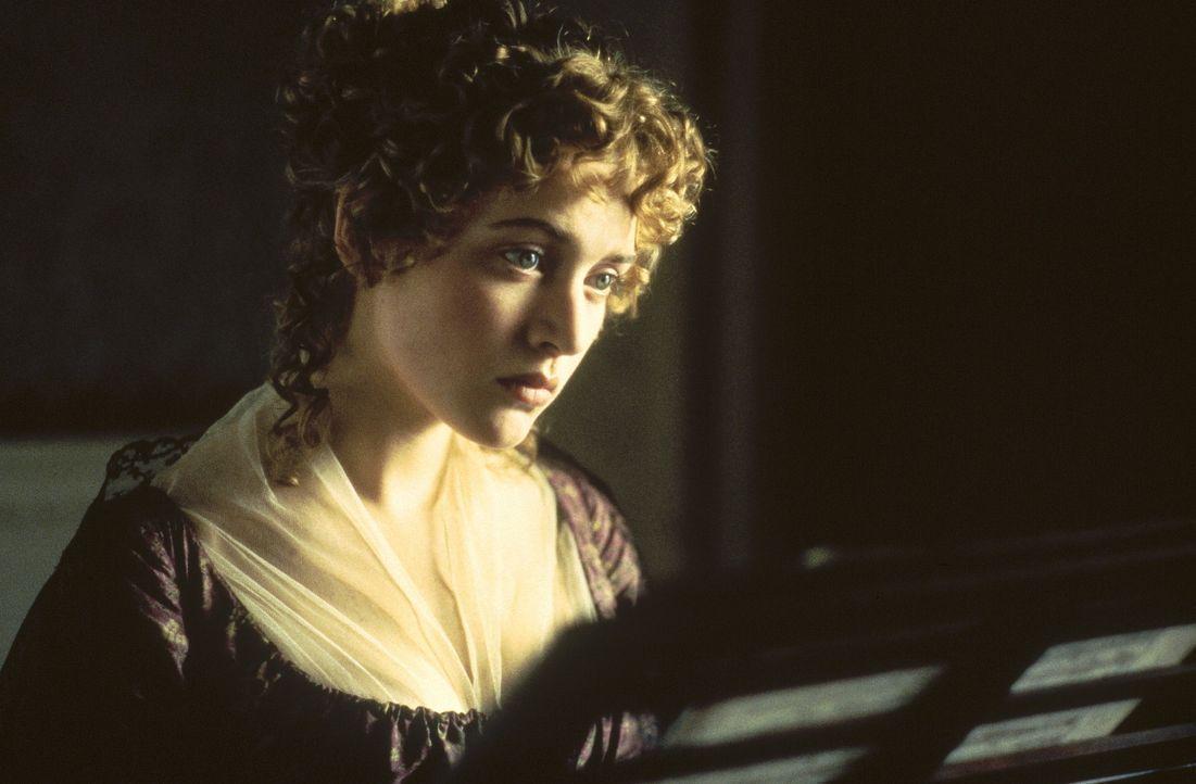 Als Mariannes (Kate Winslet) große Liebe John eine andere Frau heiratet, zerbricht es ihr das Herz ... - Bildquelle: Columbia Pictures