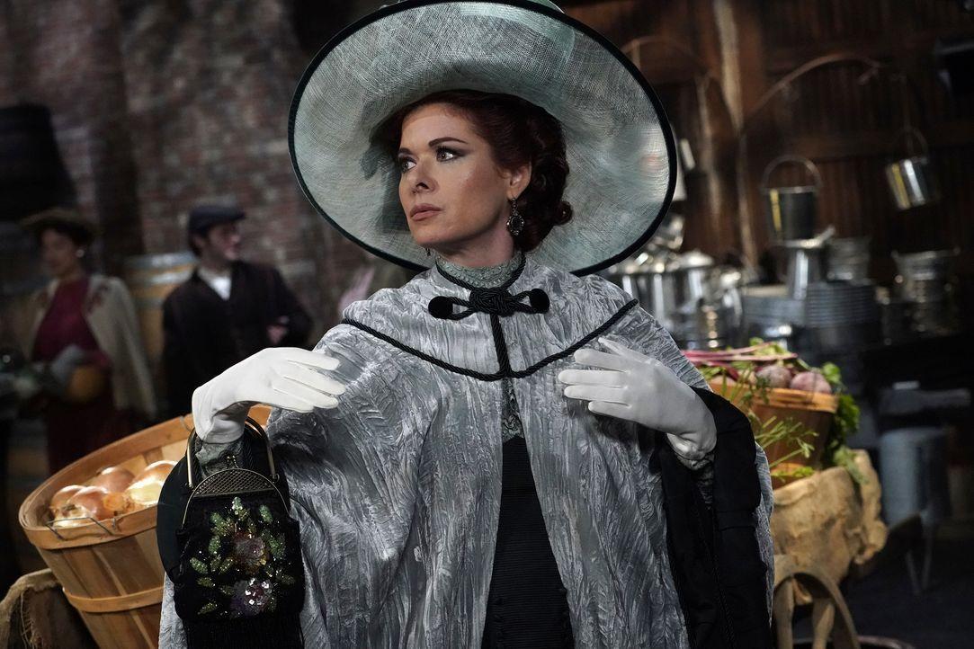 Findet sich plötzlich im alten New York als Fanny Van Billiams, der Frau eines geldgierigen Immobilienunternehmers, wieder: Grace (Debra Messing) ... - Bildquelle: Chris Haston 2017 NBCUniversal Media, LLC / Chris Haston