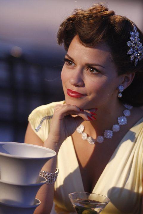 Haley (Bethany Joy Galeotti) erscheint in Lucas' Traum als erfolgreiche Sängerin ... - Bildquelle: Warner Bros. Pictures