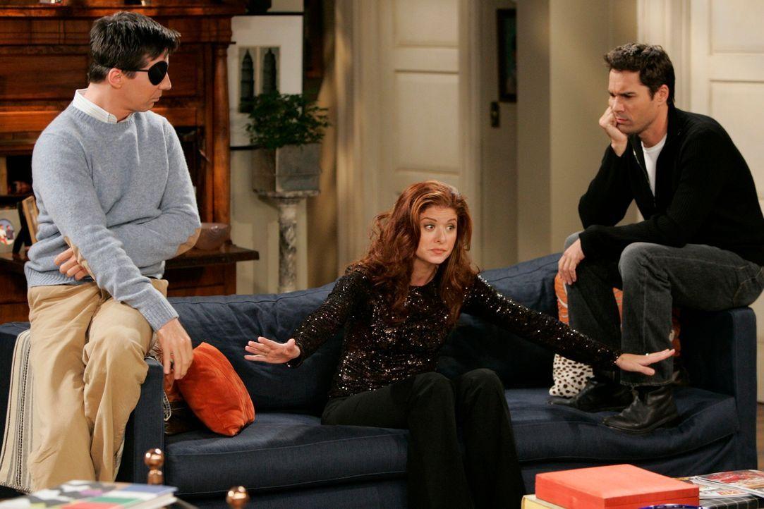 Will (Eric McCormack, r.) und Jack (Sean Hayes, l.) versuchen Grace (Debra Messing, M.) bei eine schwerwiegenden Entscheidung zu unterstützen. Doch... - Bildquelle: NBC Productions