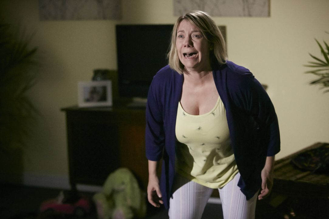 Das Leben ihres Ehemannes verlief nicht so, wie er es wollte und unter seiner Unzufriedenheit hat Heather (Cara Pantalone) jahrelang zu leiden. Und... - Bildquelle: Ian Watson Cineflix 2015