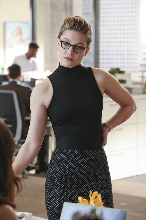 Als Kara alias Supergirl (Melissa Benoist) von einer Rettungsaktion zurückkehrt, ist sie verändert. Moralische Werte interessieren sie plötzlich nic... - Bildquelle: 2015 Warner Bros. Entertainment, Inc.
