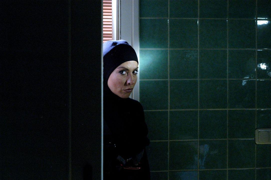 Andrea (Simone Thomalla) möchte gleichwertiges Mitglied im Team um den Fuchs werden und wird auf die Probe gestellt ... - Bildquelle: Sat.1