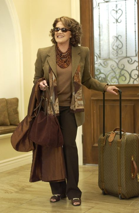 Bei den Cohens kündigt sich unterdessen Besuch zum Passah-Fest an: Sandys Mutter (Linda Lavin) aus New York hat sich angesagt, und das versetzt die... - Bildquelle: Warner Bros. Television