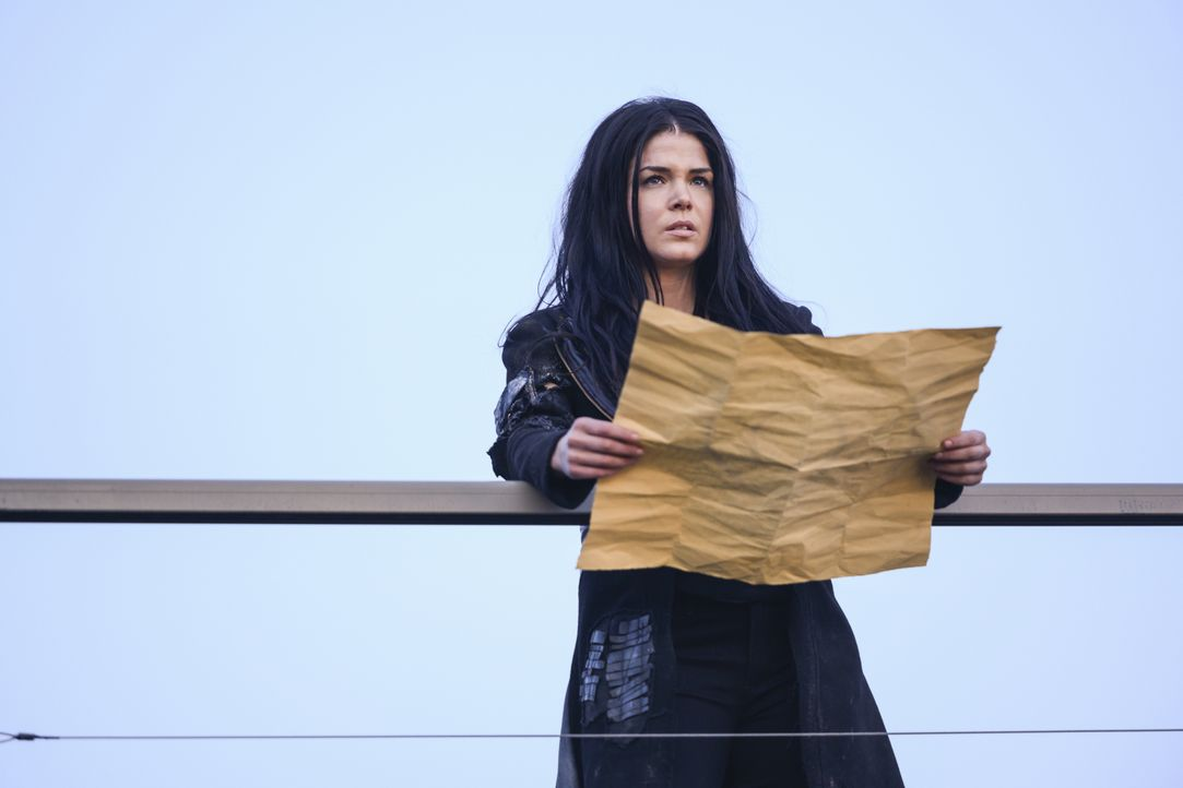 Octavia Blake (Marie Avgeropoulos) - Bildquelle: Diyah Pera 2019 The CW Network, LLC. All rights reserved / Diyah Pera