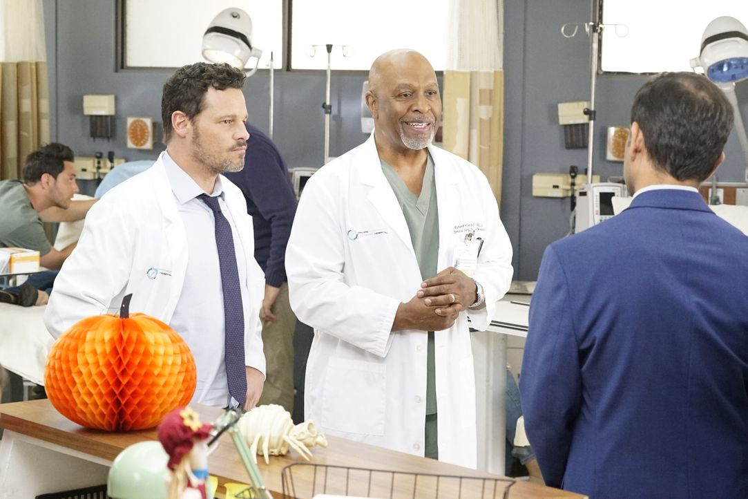 Dr. Alex Karev (Justin Chambers, l.); Dr. Richard Webber (James Pickens jr., r.) - Bildquelle: Kelsey McNeal 2019 American Broadcasting Companies, Inc. All rights reserved. / Kelsey McNeal