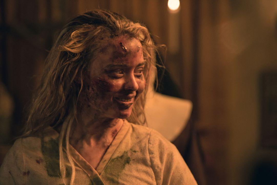 Wird es dem Dämon in Casey (Hannah Kasulka) gelingen, die Menschen, die dem Mädchen helfen wollen, zu beeinflussen und gegeneinander auszuspielen? - Bildquelle: 2016 Fox and its related entities. All rights reserved.