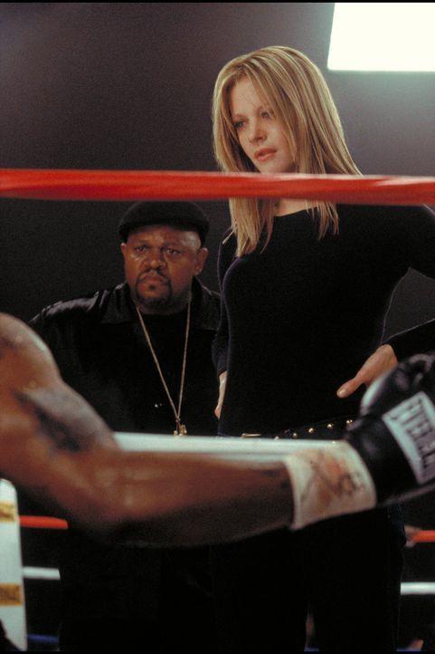 Acht, neun, aus! Eines Tages zeigt Box-Fanatikerin Jackie Kallen (Meg Ryan) der Männerwelt, was eine echte Rechte ist ... - Bildquelle: Paramount Pictures