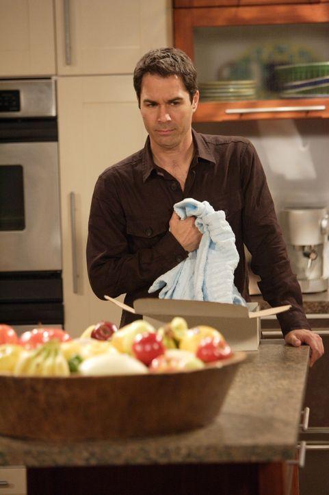 Will (Eric McCormack) ist entsetzt, als sein Vater Grace eine alte Babydecke schenkt - es kommt zum Streit zwischen Vater und Sohn ... - Bildquelle: Chris Haston NBC Productions
