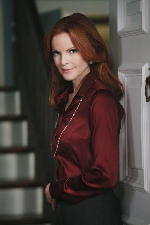 Während Pauls Verhalten bei Beth Misstrauen auslöst, versucht Bree (Marcia Cross) bei Keith zu landen. Doch wird es ihr gelingen? - Bildquelle: ABC Studios