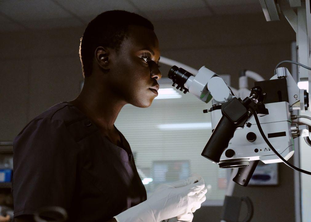 Dr. Mina Okafor (Shaunette Renée Wilson) ist eine aufstrebende Chirurgin. Doch ein Kollege legt ihr große Steine in den Weg ... - Bildquelle: 2018 Fox and its related entities. All rights reserved.