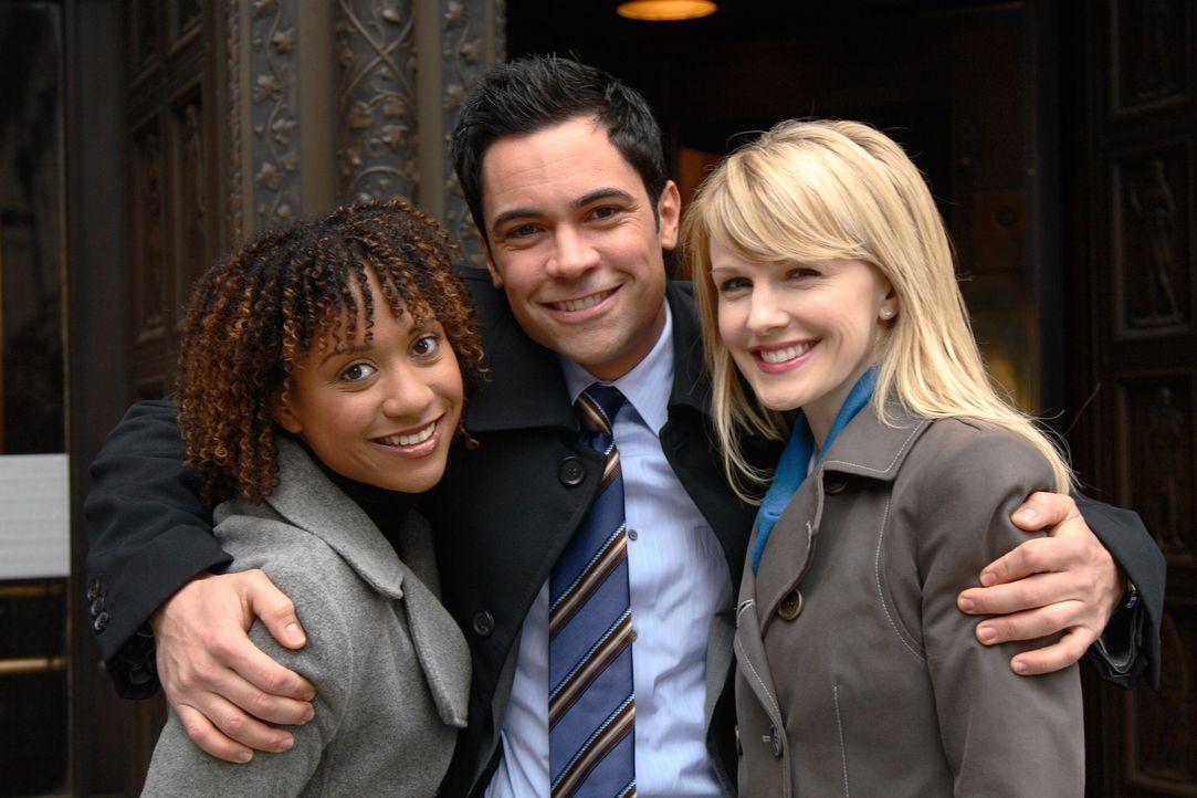 Ein neuer Fall wartet auf Kat Miller (Tracie Thoms, l.), Lilly Rush (Kathryn Morris, r.) und Scott Valens (Daniel Pino, M.) ... - Bildquelle: Warner Bros. Television