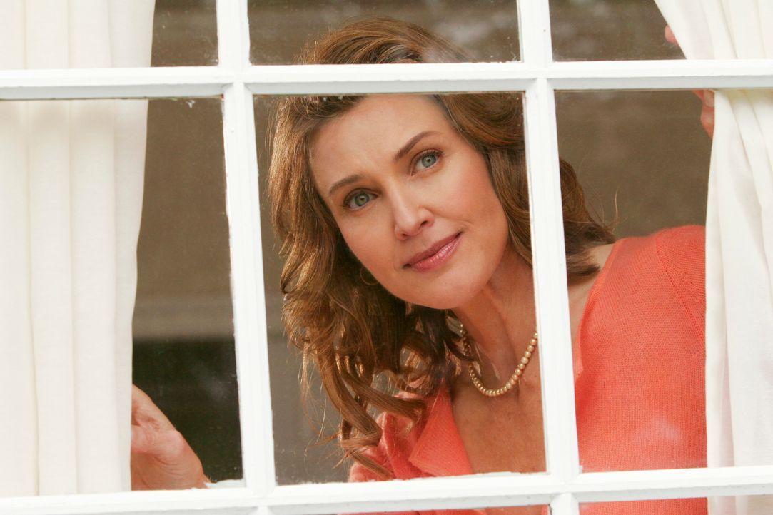 Mary Alice (Brenda Strong) erinnert sich daran, wie sie ihre Freundinnen kennengelernt hat ... - Bildquelle: 2005 Touchstone Television  All Rights Reserved
