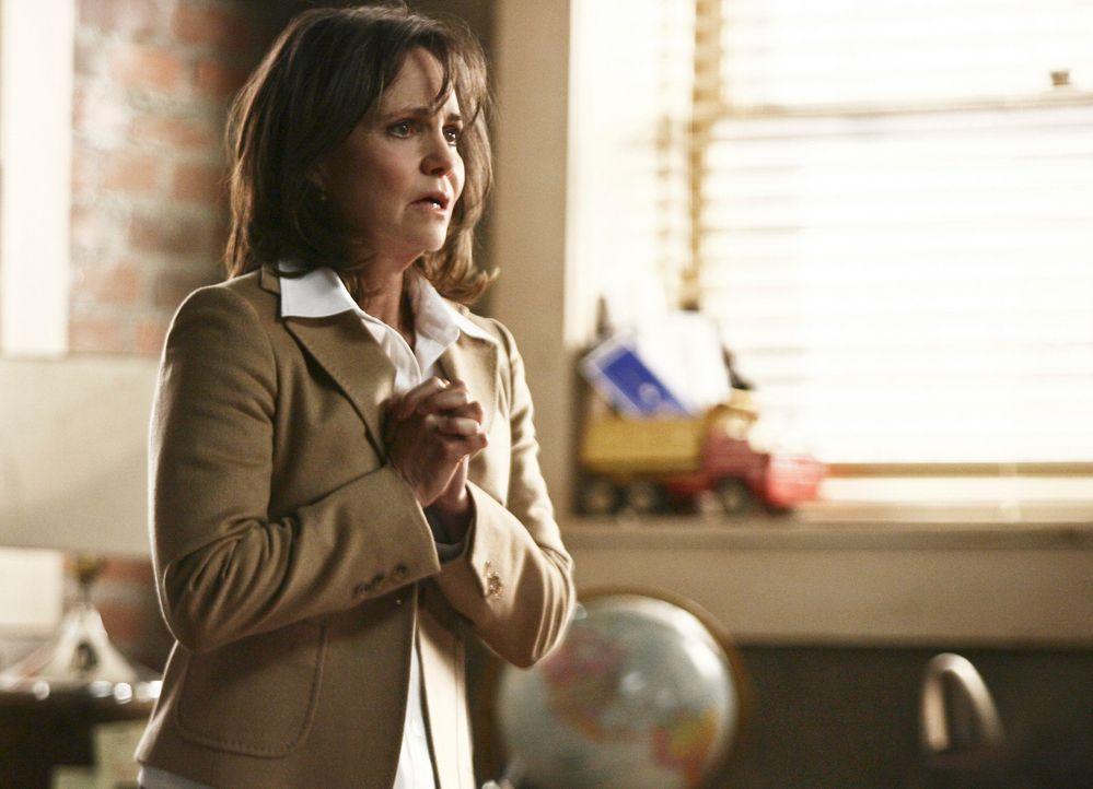 Muss mit dem Tod ihres Mannes zurecht kommen: Nora (Sally Field) ... - Bildquelle: Disney - ABC International Television