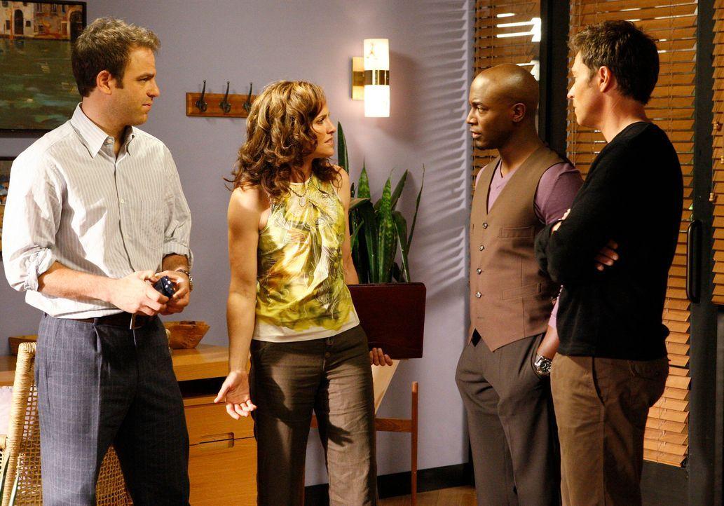 In der Praxis geht es mal wieder turbulent zu: Violet (Amy Brenneman, 2.v.l.), Pete (Tim Daly, r.), Cooper (Paul Adelstein, l.) und Sam (Taye Diggs,... - Bildquelle: ABC Studios