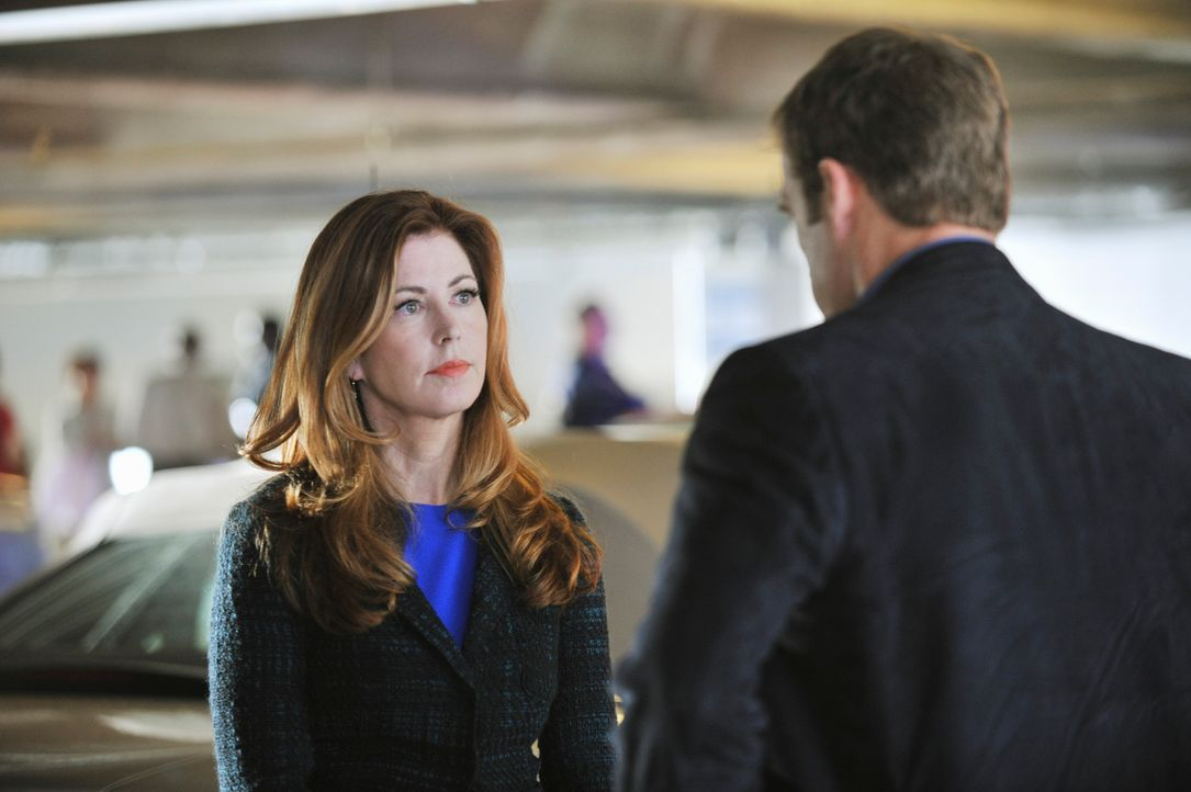 Dr. Megan Hunt (Dana Delany, l.) stecktt mit Detective Tommy Sulivan (Mark Valley, r.) wieder tief in Ermittlungen ... - Bildquelle: 2013 American Broadcasting Companies, Inc. All rights reserved.