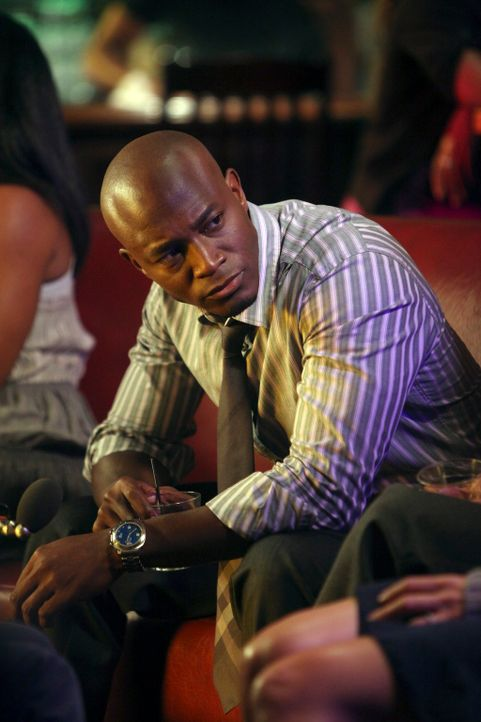 Addison hält Sam (Taye Diggs) gegenüber nicht dicht und bald wissen alle über Charlottes Vergewaltigung Bescheid ... - Bildquelle: ABC Studios